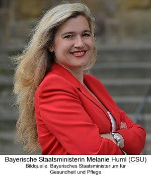 bayerische Staatsministerin Melanie Huml